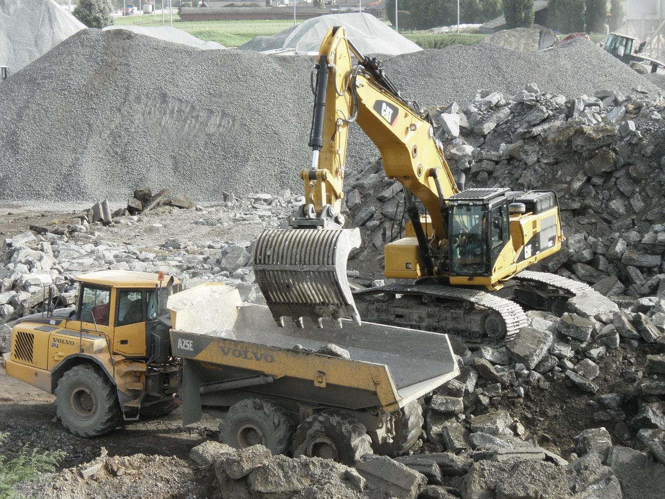 Aan het einde van de levensduur kunnen betonwegen worden opgebroken en gerecycled voor nieuwe betonwegen of funderingen.