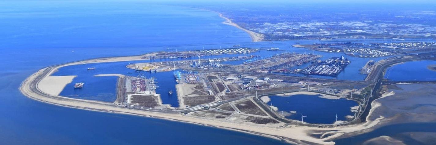 03 CER luchtfoto mv2 havenbedrijf rotterdam danny cornelissen juni 2020