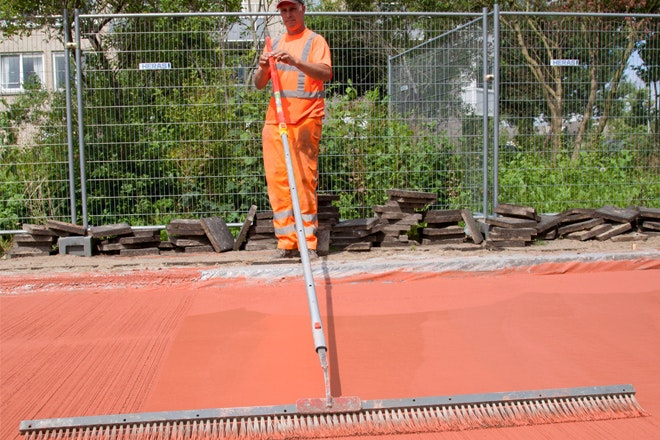 Rood beton bezem 660x440